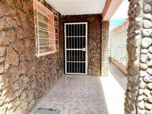 Casa En Ventaen Coro, Centro, Venezuela, VE RAH: 21-18646