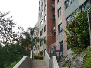 Apartamento En Ventaen Caracas, Los Naranjos Humboldt, Venezuela, VE RAH: 21-18698