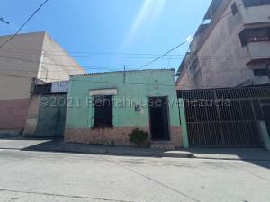 Casa En Ventaen Valencia, San Blas, Venezuela, VE RAH: 21-18662