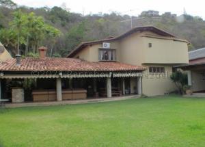 Casa En Ventaen Caracas, Colinas Del Tamanaco, Venezuela, VE RAH: 21-18664
