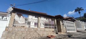 Casa En Ventaen Maracay, El Castaño, Venezuela, VE RAH: 21-18729