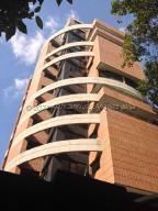 Apartamento En Ventaen Caracas, El Rosal, Venezuela, VE RAH: 21-18850