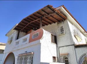 Casa En Ventaen Valencia, San Jose De Tarbes, Venezuela, VE RAH: 21-18884