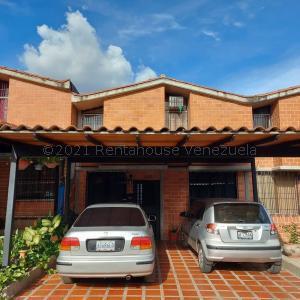Casa En Ventaen Guarenas, Nueva Casarapa, Venezuela, VE RAH: 21-18865