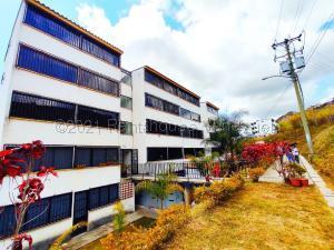 Apartamento En Ventaen Los Teques, El Solar De La Quinta, Venezuela, VE RAH: 21-18922
