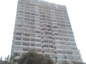 Apartamento En Ventaen Catia La Mar, Playa Grande, Venezuela, VE RAH: 21-18934