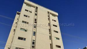 Apartamento En Ventaen Maracaibo, Valle Frio, Venezuela, VE RAH: 21-18939