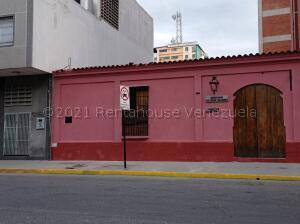 Casa En Ventaen Barquisimeto, Centro, Venezuela, VE RAH: 21-18594