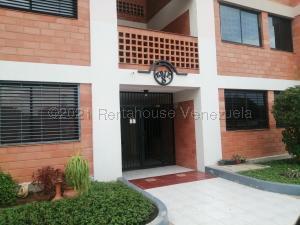 Apartamento En Ventaen Maracaibo, Avenida Milagro Norte, Venezuela, VE RAH: 21-18980