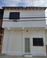 Casa En Ventaen Cabudare, La Puerta, Venezuela, VE RAH: 21-18982