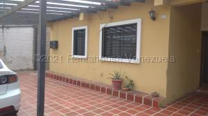 Casa En Ventaen Cabudare, Parroquia José Gregorio, Venezuela, VE RAH: 21-19284