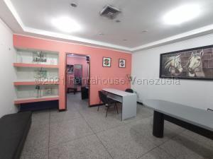 Oficina En Ventaen Maracay, Los Mangos, Venezuela, VE RAH: 21-19041