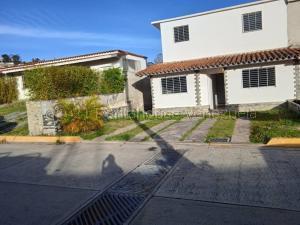 Casa En Ventaen Carrizal, Llano Alto, Venezuela, VE RAH: 21-19049