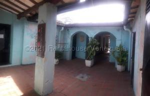 Local Comercial En Ventaen Coro, Sector San Bosco, Venezuela, VE RAH: 21-19106