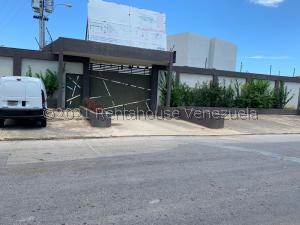 Townhouse En Ventaen Margarita, Los Robles, Venezuela, VE RAH: 21-19097
