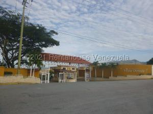 Townhouse En Ventaen Guatire, Vista Dorada, Venezuela, VE RAH: 21-19170