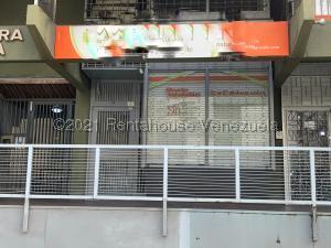 Local Comercial En Alquileren Caracas, Los Palos Grandes, Venezuela, VE RAH: 21-19101
