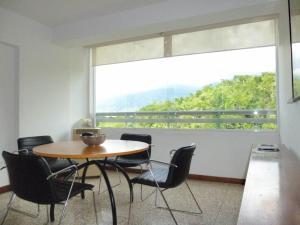 Apartamento En Ventaen Caracas, Santa Rosa De Lima, Venezuela, VE RAH: 21-19142