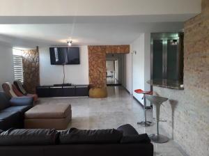 Apartamento En Ventaen Caracas, El Cafetal, Venezuela, VE RAH: 21-26260