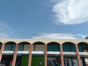 Local Comercial En Ventaen Valencia, San Blas, Venezuela, VE RAH: 21-9206