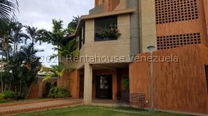 Apartamento En Ventaen Maracaibo, Tierra Negra, Venezuela, VE RAH: 21-19236