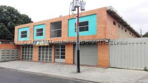 Local Comercial En Ventaen Santa Cruz De Aragua, Zona Centro, Venezuela, VE RAH: 21-19234