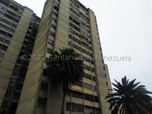 Apartamento En Ventaen San Antonio De Los Altos, La Rosaleda, Venezuela, VE RAH: 21-19262