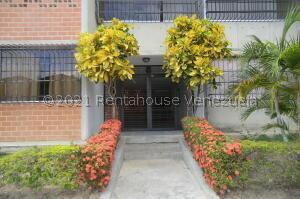 Apartamento En Ventaen Guarenas, Nueva Casarapa, Venezuela, VE RAH: 21-19263