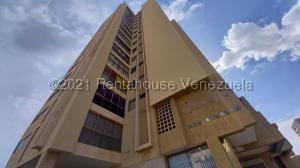 Apartamento En Ventaen Maracaibo, Dr Portillo, Venezuela, VE RAH: 21-1165