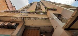Apartamento En Alquileren Caracas, Parroquia La Candelaria, Venezuela, VE RAH: 21-19299