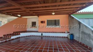 Casa En Ventaen Cabudare, Los Bucares, Venezuela, VE RAH: 21-20325