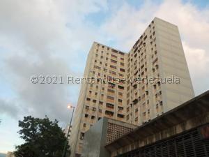 Apartamento En Ventaen Caracas, El Valle, Venezuela, VE RAH: 21-19313