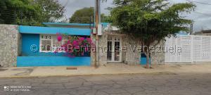 Casa En Ventaen Municipio San Francisco, Sierra Maestra, Venezuela, VE RAH: 21-19558