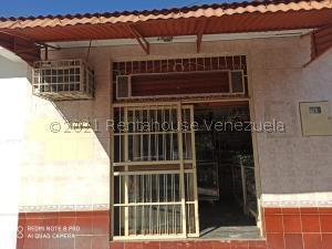 Local Comercial En Ventaen Valencia, La Isabelica, Venezuela, VE RAH: 21-19362