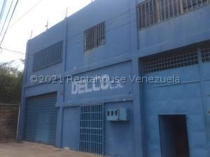 Local Comercial En Ventaen Barcelona, Casco Central, Venezuela, VE RAH: 21-19357
