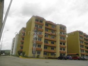 Apartamento En Ventaen Municipio San Diego, Monteserino, Venezuela, VE RAH: 21-19371