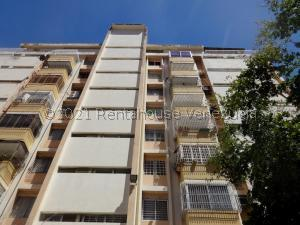 Apartamento En Ventaen Maracaibo, La Lago, Venezuela, VE RAH: 21-19375