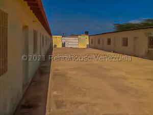 Casa En Ventaen Punto Fijo, Puerta Maraven, Venezuela, VE RAH: 21-7873