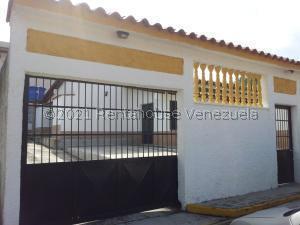 Casa En Ventaen Higuerote, Higuerote, Venezuela, VE RAH: 21-19630