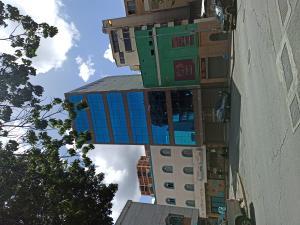 Edificio En Ventaen Caracas, Sabana Grande, Venezuela, VE RAH: 21-19405