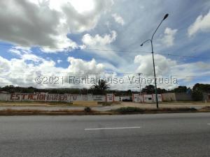 Terreno En Ventaen Cabudare, Parroquia José Gregorio, Venezuela, VE RAH: 21-19408