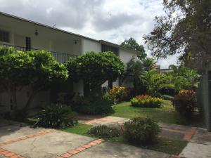 Casa En Ventaen Caracas, Prados Del Este, Venezuela, VE RAH: 21-19437