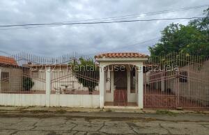Casa En Ventaen Ciudad Ojeda, Tamare, Venezuela, VE RAH: 21-19435
