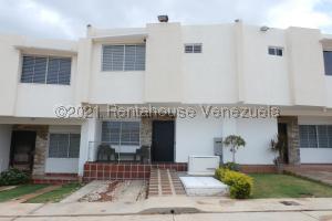 Casa En Ventaen Maracaibo, Lago Mar Beach, Venezuela, VE RAH: 21-17031