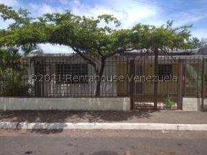 Casa En Ventaen Ciudad Bolivar, La Fundacion, Venezuela, VE RAH: 21-19487