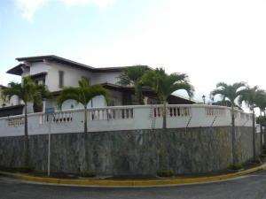 Casa En Ventaen Caracas, Los Naranjos Del Cafetal, Venezuela, VE RAH: 21-19509