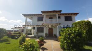 Casa En Ventaen Higuerote, Ciudad Balneario Higuerote, Venezuela, VE RAH: 21-19508