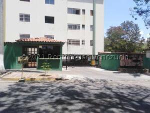 Apartamento En Ventaen Valencia, Valles De Camoruco, Venezuela, VE RAH: 21-19965