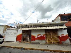 Local Comercial En Alquileren Barquisimeto, Parroquia Concepcion, Venezuela, VE RAH: 21-19516