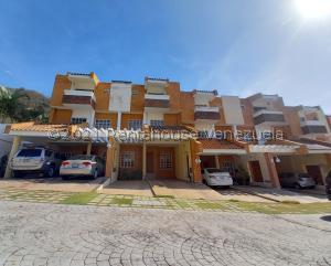 Townhouse En Ventaen Valencia, Trigal Norte, Venezuela, VE RAH: 21-19517